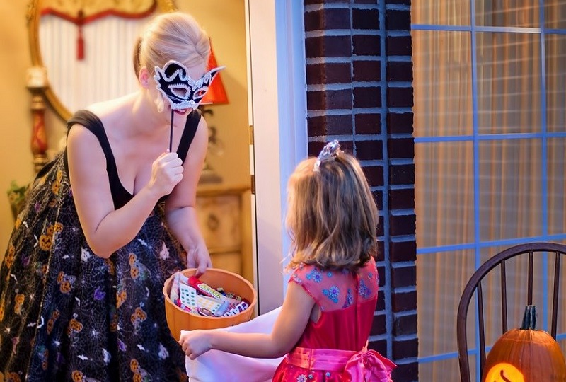Halloween treat recommendations from cary dentist